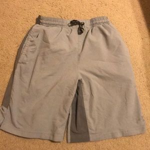 Men's under armour small shorts